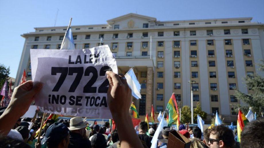 Marcha Ley 7722 Argentina Mendoza